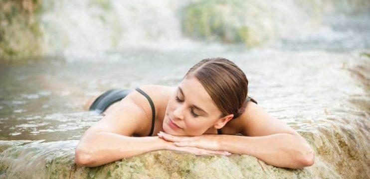 Conheça os benefícios que a água termal traz para o seu corpo e sua pele