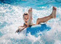 Por que você deve ir em um parque aquático de águas termais nessas férias?