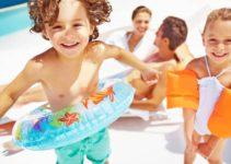 Coletes X Boias: qual traz mais segurança para as crianças?