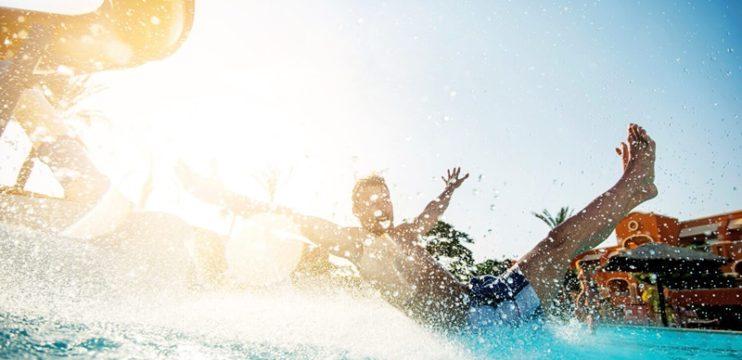 3 dicas para aproveitar ao máximo o dia em um parque aquático