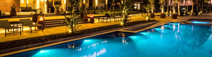 Quais as diferenças entre resorts e pousadas?